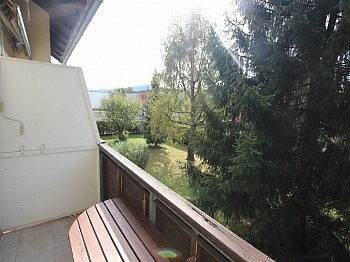 Mehrparteienhauses Dachbodenzimmer Waidmannsdorf - UNI - Waidmannsdorf schöne, günstige 3 Zi-Whg.
