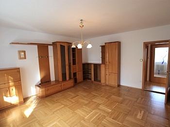 Heizkosten Badezimmer Saniertes - UNI - Waidmannsdorf schöne, günstige 3 Zi-Whg.