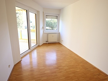 EUROSPAR Vorraum sonnige - Schöne 3 Zi Wohnung 83m² in Viktring mit TG