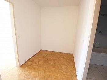 Sofort Direkt Zimmer - Schöne 3 Zi Wohnung 83m² in Viktring mit TG
