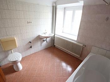 saniert Laminat flaches - 290m² Mehrfamilienhaus in Grafenstein - St. Peter