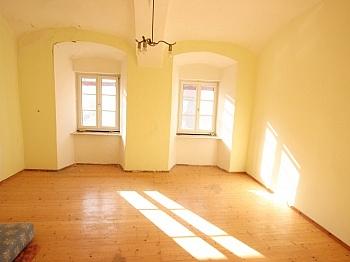 Wohnküche vorhanden Haupthaus - 300m² Wohn-und Geschäftshaus im Zentrum - Friesach