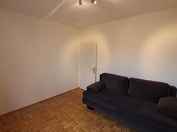 schönes großes Wohnung - Schöne, sanierte 2 Zi-Wohnung nahe UKH