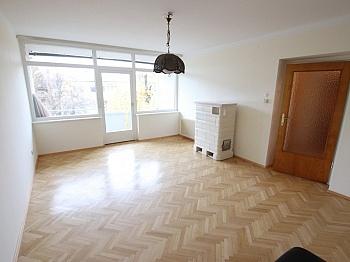 Stellplätze Kellerabteil überprüft - Nette 93m² 4 Zi Wohnung - Waidmannsdorf mit Loggia