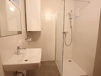Wohn Lift inkl - Nette 93m² 4 Zi Wohnung - Waidmannsdorf mit Loggia