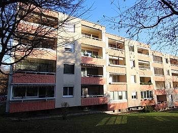 inkl Sanierungsbedürftig Elternschlafzimmer - 3 Zi Wohnung 85m² am Spitalberg mit Traumaussicht