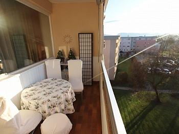 Gewähr Zimmer direkt - 3 Zi Wohnung 85m² am Spitalberg mit Traumaussicht