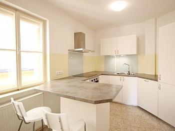 vorbehalten bestehender Innentüren - Helle 4-Zi-Wohnung in Zentrumslage/Klagenfurt