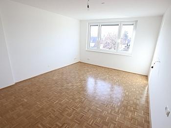 Parkettböden Kellerabteil Stellplätze - Schöne sanierte 4 Zi Wohnung 120m² - Waidmannsdorf