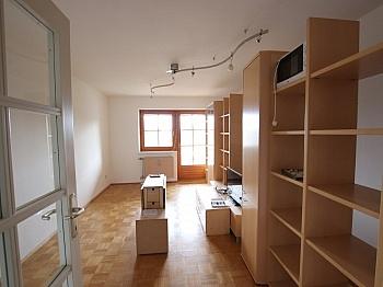 Infrastruktur Bruttomieten Kellerabteil - Schöne 3 - Zi Wohnung in Waidmannsdorf