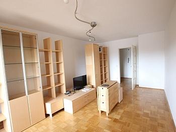 Schlafzimmer Abstellraum Wohnzimmer - Schöne 3 - Zi Wohnung in Waidmannsdorf