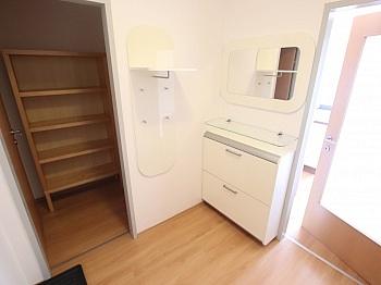 Klagenfurt Esszimmer Rücklage - Junge 50m² 2 Zi Wohnung mit Balkon am Stadtrand