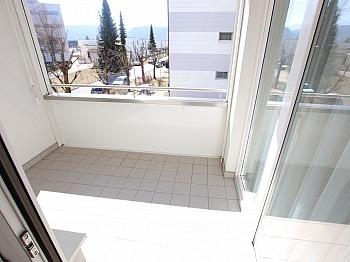 Einkaufsmöglichkeiten Kunststofffenster Tiefgaraghenplatz - Tolle 62m² 2 Zi Wohnung mit Loggia und Tiefgarage