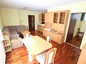 Südloggia inkl Badewanne - Tolle 62m² 2 Zi Wohnung mit Loggia und Tiefgarage
