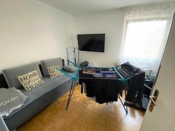 Villach Parkett Vorraum - Anlegerwohnung 3-Zimmer-Landskron, direkte Seenähe
