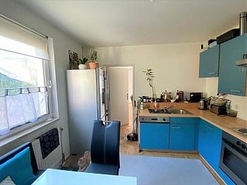 Fliesenböden Infrastruktur Schlafzimmer - Anlegerwohnung 3-Zimmer-Landskron, direkte Seenähe