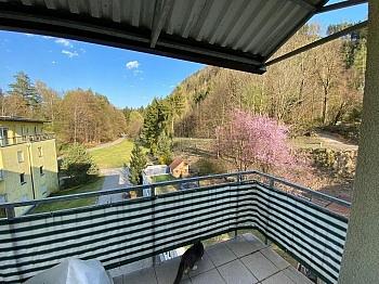 Badewanne Balkon Waschmaschinenanschluss - Anlegerwohnung 3-Zimmer-Landskron, direkte Seenähe