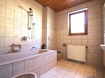 idyllischen Feuerstelle Abstellraum - Ein/-Zweifam.-Wohnhaus in erhöhter Aussichtslage
