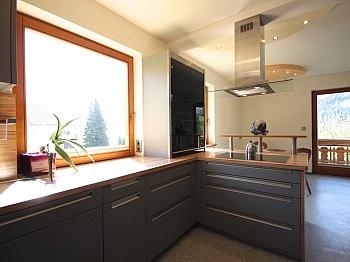 Aussichtslage Dielenbereich großzügiges - Ein/-Zweifam.-Wohnhaus in erhöhter Aussichtslage