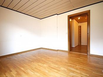 Entspannung Gartenhaus Verglasung - Ein/-Zweifam.-Wohnhaus in erhöhter Aussichtslage