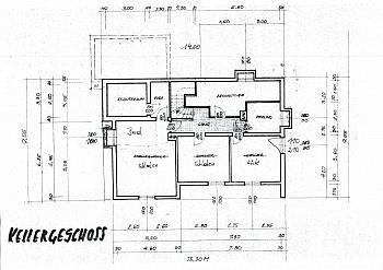Einfahrt Küchen Weiters - Ein/-Zweifam.-Wohnhaus in erhöhter Aussichtslage