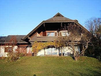 Südbalkon Ausblick Windfang - Tolles 250m² Wohnhaus in Maria Rain-Traumaussicht