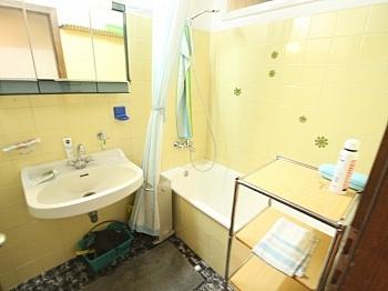 Grüne Zimmer Schlaf - Tolles 250m² Wohnhaus in Maria Rain-Traumaussicht