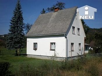Vorraum alte Holzflügelfenster - Günstiges Wohnhaus 110m² in Strau - Ferlach