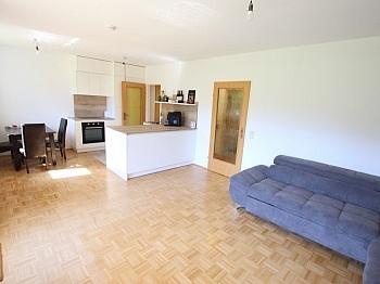 Holzisolierglasfenster Tiefgaragenstellplatz Nutzwertgutachten - Tolle 2 Zi Wohnung mit 190m² Garten und Tiefgarage