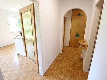 REALITÄTEN Ostterrasse vorbehalten - Tolle 2 Zi Wohnung mit 190m² Garten und Tiefgarage