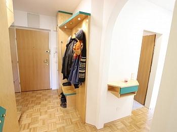 Esszimmer Garderobe gepflegte - Tolle 2 Zi Wohnung mit 190m² Garten und Tiefgarage