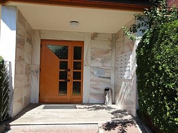 Sonnige offener mittels - Tolle 2 Zi Wohnung mit 190m² Garten und Tiefgarage