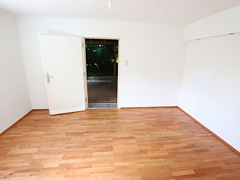 Fliesenböden Stellplätze Schlafzimmer - 2-3 Zi Wohnung 97m² mit Garten in Waidmannsdorf
