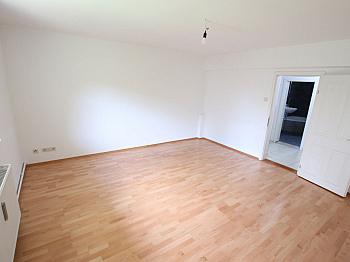 Westterrasse Eckbadewanne Abstellraum - Große 2 Zi Wohnung 97m² mit Garten - Waidmannsdorf