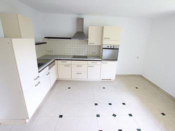 Warmwasser nordseitig Villacher - Große 2 Zi Wohnung 97m² mit Garten - Waidmannsdorf