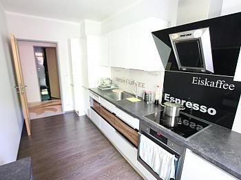 Elternschlafzimmer Tischlereinbauten Kunststofffenster - Schöne 3 Zi Wohnung 88m² in Waidmannsdorf