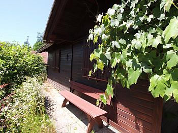 Grüne nette unter - Toller Baugrund mit Ferienhaus in Ruhelage!
