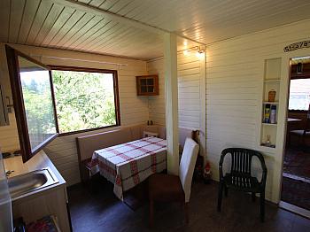 Laut   - Toller Baugrund mit Ferienhaus in Ruhelage!