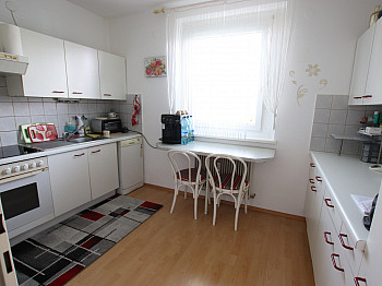 aufgeteilte Schrankraum vorbehalten - Tolle 4 Zi Wohnung 140m² mit XXL Loggia - Feschnig