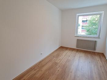Küche Stock guter -  Sehr schöne, sanierte 3 Zi-Whg. in Waidmannsdorf