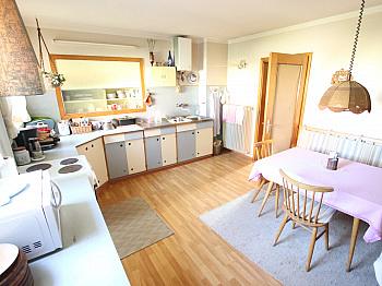 Erdgeschoss getrennten Tauchpumpe - Wohnhaus mit 2 Wohnungen in Keutschach in SEENÄHE!