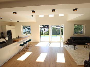 Fleigenschutzpaneelen Einfamilienwohnhaus terrassenförmiges - Neues schönes 145m² Wohnhaus - Nähe Viktring