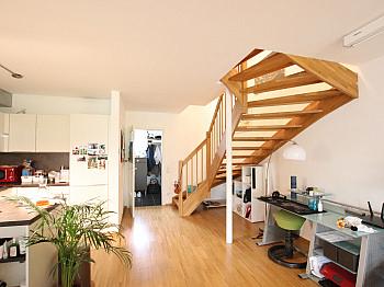 Schlafzimmer Südterrasse Erdgeschoss - 100m² moderne Maisonette Wohnung mit Garten