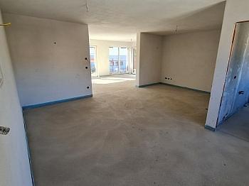 Fachverglasung unmittelbarer Fliesenböden - Tolle neue 3 Zimmer Penthouse in Viktring
