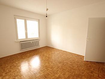 befindet Fenster großes - 3 Zi Wohnung am Kreuzbergl