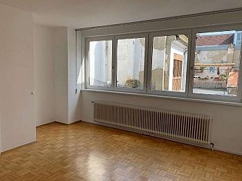 ausgerichtet Schlafzimmer Wohnfläche - 2 ZI BÜRO/Wohnung in der Stadt-Bahnhofstrasse