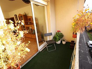 Einbaukästen Fliesenböden Kinderzimmer - 3 Zi Wohnung 104m² mit Carport in Waidmannsdorf