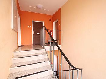 Speis Diele Wohn - 3 Zi Wohnung 104m² mit Carport in Waidmannsdorf