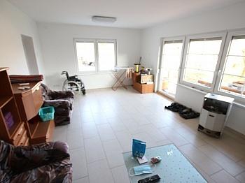 vorbehalten Wohnzimmer Wohnküche - 250m² Wohnhaus in St. Thomas - Magdalensberg