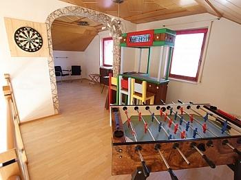 eigenem gelegen flaches - Tolles 180m² Wohnhaus mit Galerie - Nähe Viktring
